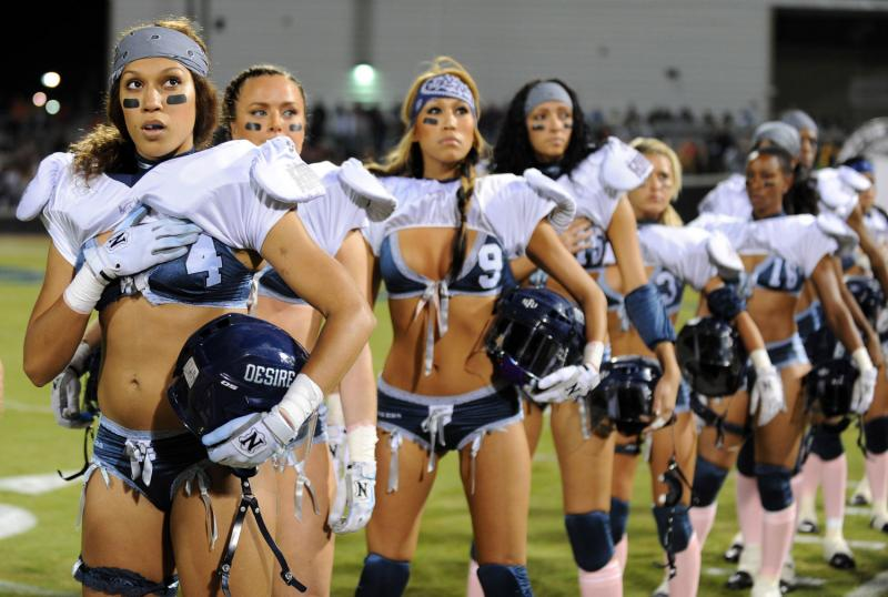 dallas-la-lingerie-football-game