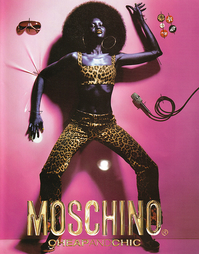 moschino-ad-barbie-doll