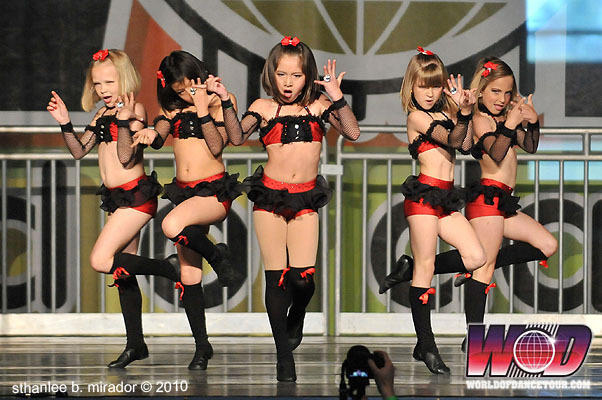 world-dance-competition-sexy-girls